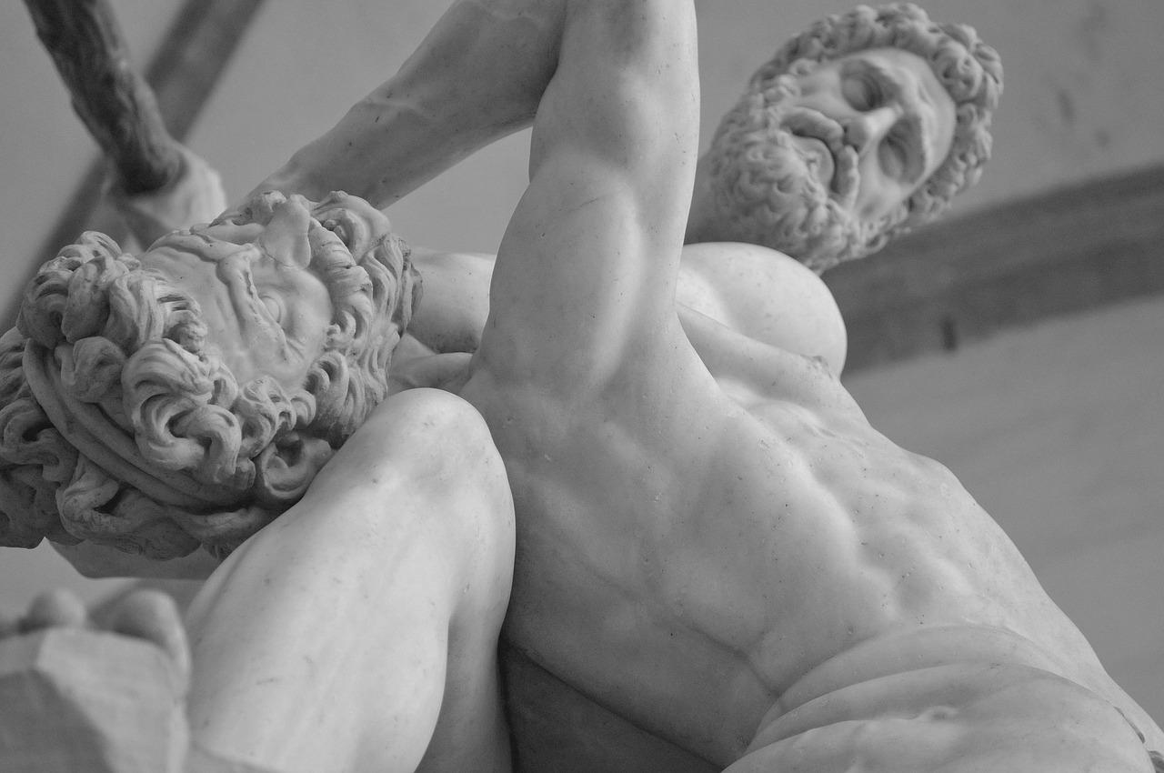 statue-601329_1280